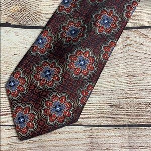 Vintage Jos A. Bank Silk Patterned Necktie